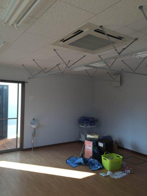 4方向天井埋込カセット形