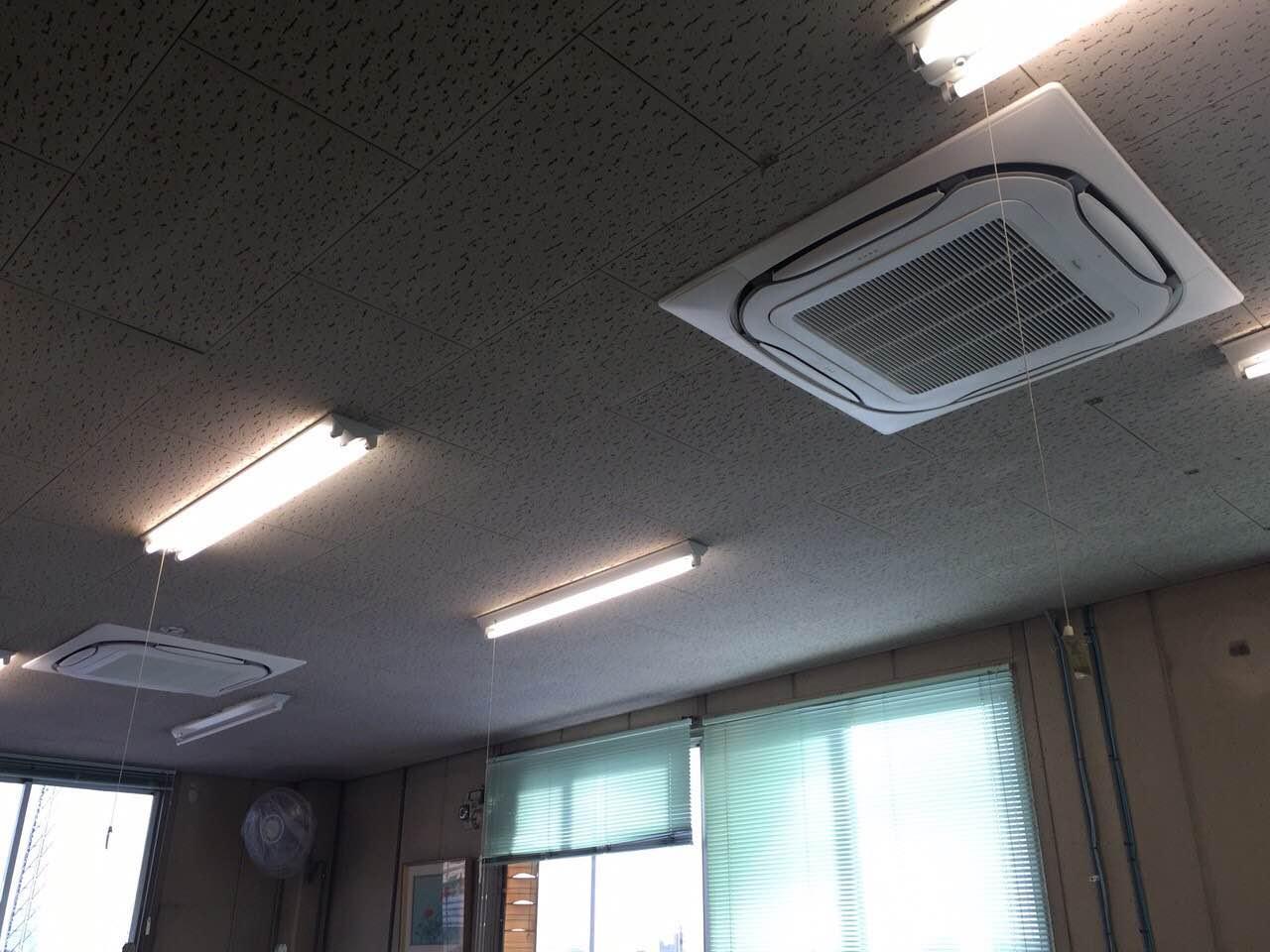 愛知県東浦町 | 業務用エアコン工事 | 27年10月29日